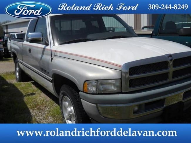 1997 Dodge Ram 1500 Extended Cab Short Bed Truck