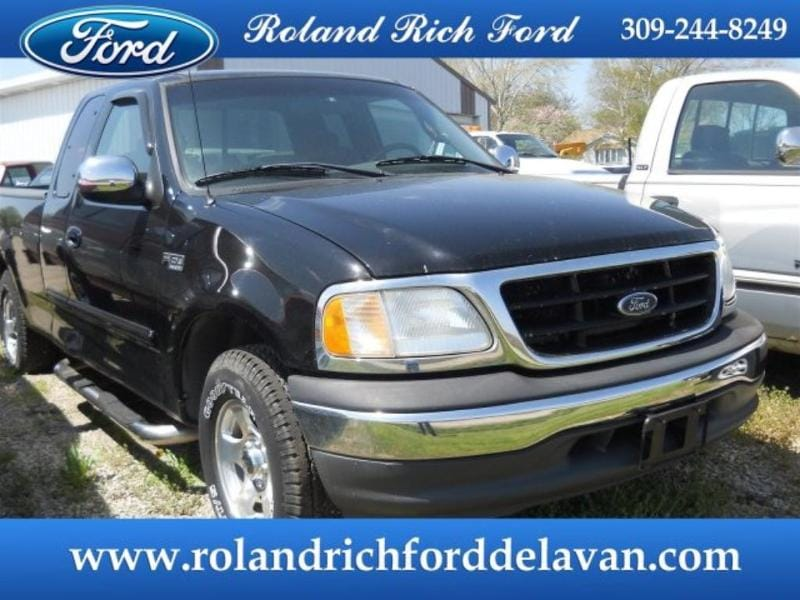 2001 Ford F-150 XLT Extended Cab Truck