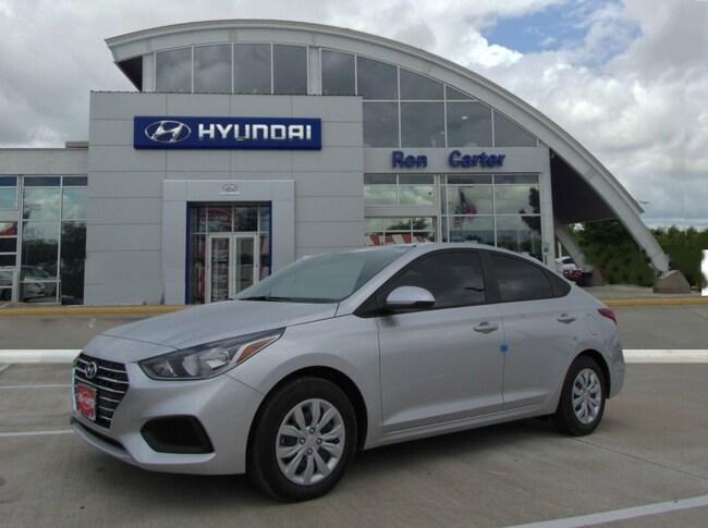new 2019 Hyundai Accent SE Sedan