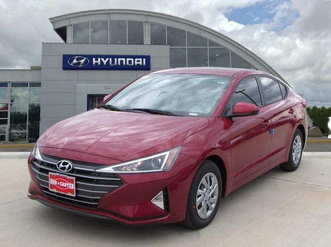 new 2019 Hyundai Elantra SE Sedan