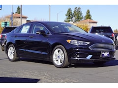 2018 Ford Fusion SE Sedan 3FA6P0HD1JR111368