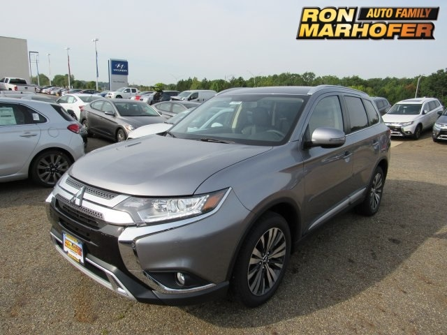Featured new Mitsubishi vehicles 2019 Mitsubishi Outlander SEL CUV for sale near you in Cuyahoga Falls, OH