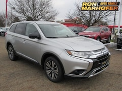 New Mitsubishi vehicles 2019 Mitsubishi Outlander ES CUV for sale near you in Canton, OH