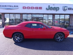 new car 2019 Dodge Challenger SXT Coupe for sale near Southaven