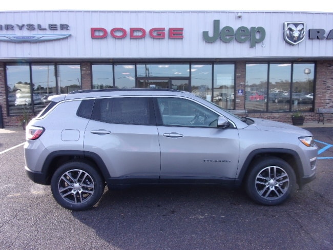 New 2019 Jeep Compass SUN & WHEEL FWD Sport Utility near Southaven, MS