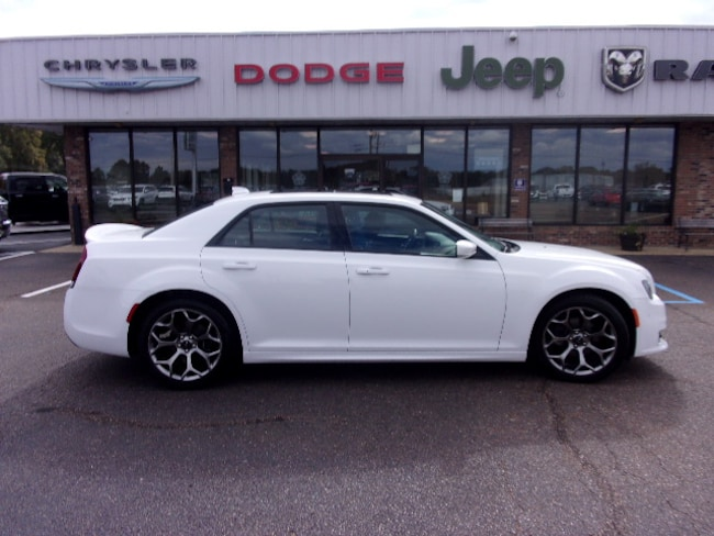 Used  2018 Chrysler 300 S Sedan near Southaven, MS
