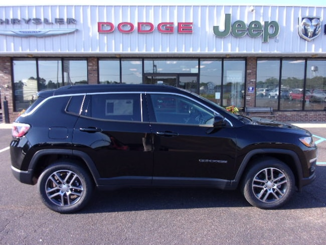 New 2018 Jeep Compass LATITUDE FWD Sport Utility near Southaven, MS