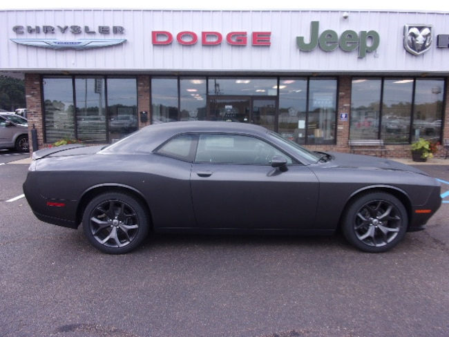 New 2019 Dodge Challenger SXT Coupe near Southaven, MS