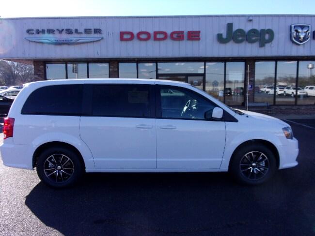 New 2018 Dodge Grand Caravan SE PLUS Passenger Van near Southaven, MS