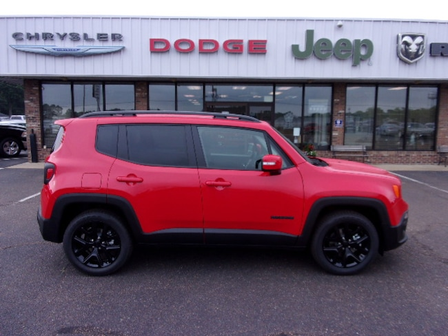 New 2018 Jeep Renegade ALTITUDE 4X2 Sport Utility near Southaven, MS