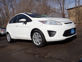 Bargain used vehicles 2013 Ford Fiesta SE SE  Hatchback for sale near you in Arlington Heights, IL