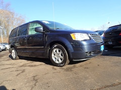 2009 Chrysler Town & Country Touring Touring  Mini-Van