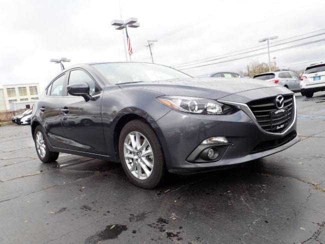 Certified pre-owned Mazda vehicle 2016 Mazda Mazda3 i Touring i Touring  Hatchback 6A for sale near you in Arlington Heights, IL