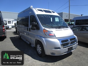 2019 ROADTREK ZION SRT