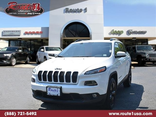 2018 Jeep Cherokee Latitude Latitude 4x4 [AHG, PW7, TWS, RSD, WDP, DFH, ED8, A7X9, 21J, MDA] Bright White Clearcoat in Lawrenceville