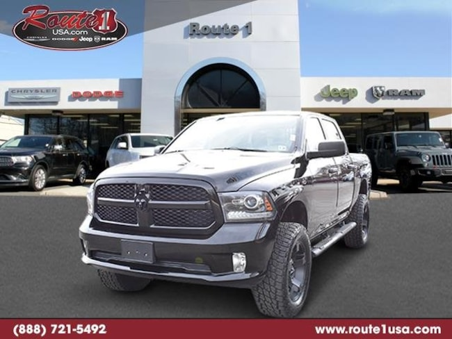 2015 Ram 1500 Express 4WD Crew Cab 140.5 Express [RSD, V9X8, TTG, DFK, XF9, AJY, PX8, EZH, Z6N, DSA, RA2-A, ALB, XAC, DMC, WHN, GXM, 26C] Black Clearcoat in Lawrenceville