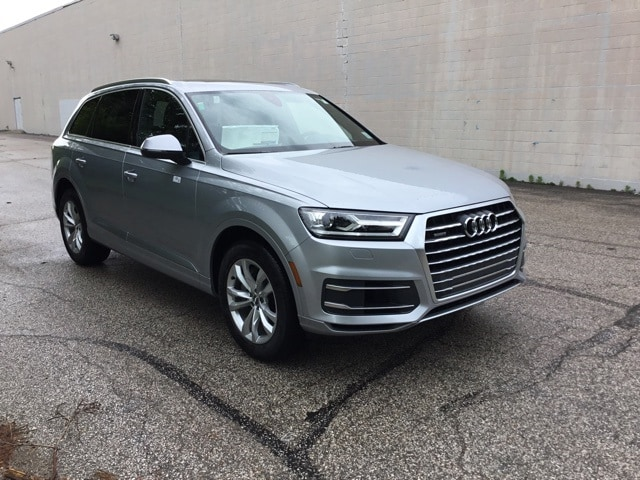 New 2019 Audi Q7 3.0T Premium SUV for sale in Bloomington, IN