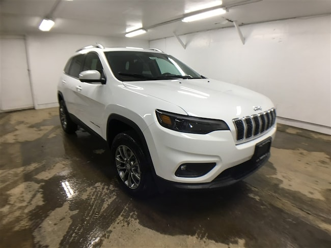 New 2019 Jeep Cherokee LATITUDE PLUS 4X4 Sport Utility for sale in Oneonta, NY