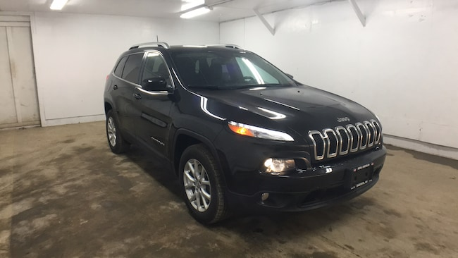 Used 2016 Jeep Cherokee Latitude 4x4 SUV for sale in Oneonta, NY