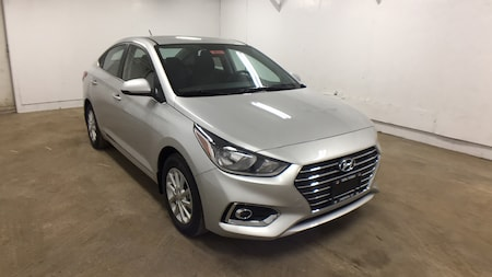 2019 Hyundai Accent SEL Sedan 3KPC24A32KE046544
