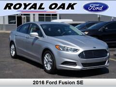Used 2016 Ford Fusion SE Sedan in Royal Oak, MI