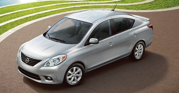 The 2013 Nissan Versa Sedan SL Comes With A Plethora Of Standard Features  ...