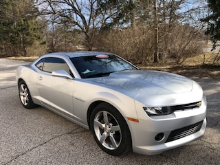Used 2015 Chevrolet Camaro LT w/1LT Coupe 2G1FD1E32F9294757 V6195A in Bloomington, IN