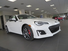 2017 Subaru BRZ Limited with Performance Package Coupe JF1ZCAC19H9605835