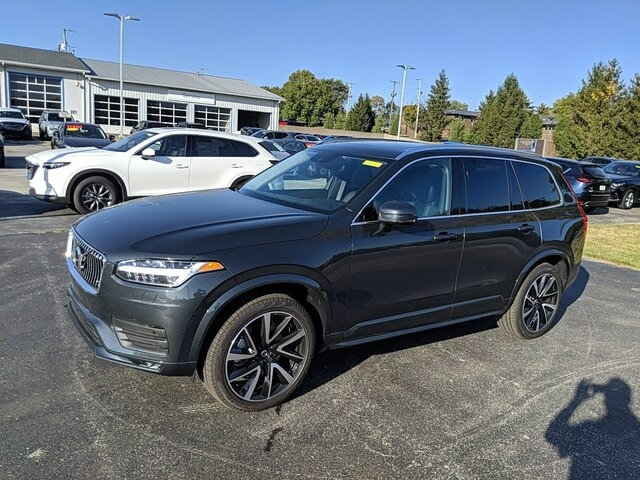 Featured new 2021 Volvo XC90 T6 Momentum 6 Passenger SUV for sale in Bloomington, IN
