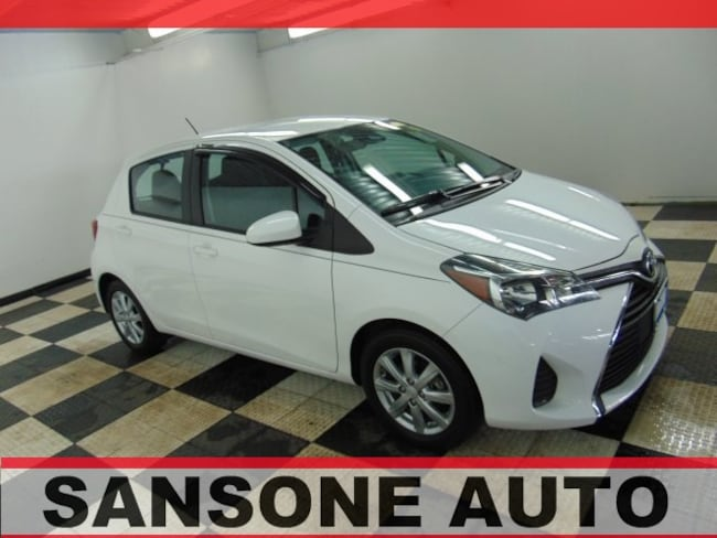 2017 Toyota Yaris 5-Door Hatchback