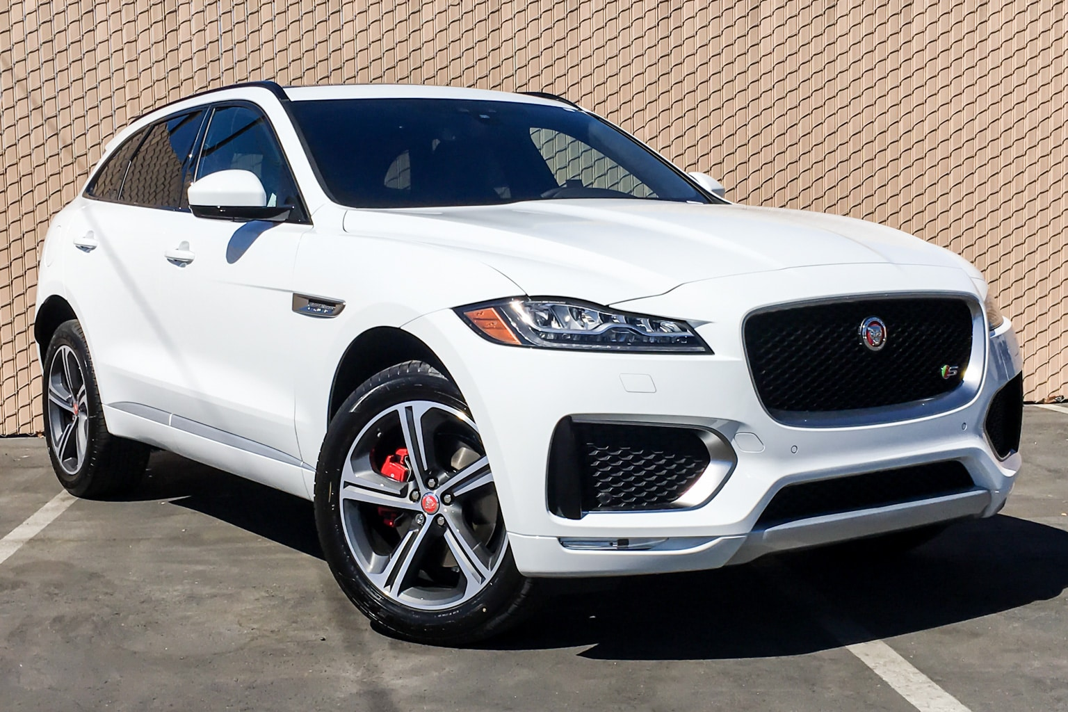 buy or lease new 2019 jaguar f pace los angeles stock 790015. Black Bedroom Furniture Sets. Home Design Ideas