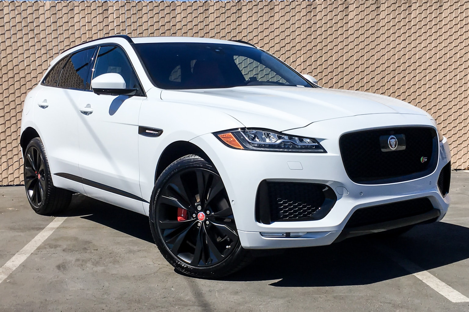 buy or lease new 2019 jaguar f pace los angeles stock 790014. Black Bedroom Furniture Sets. Home Design Ideas