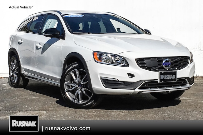 Certified Used 2018 Volvo V60 Cross Country Wagon Los Angeles