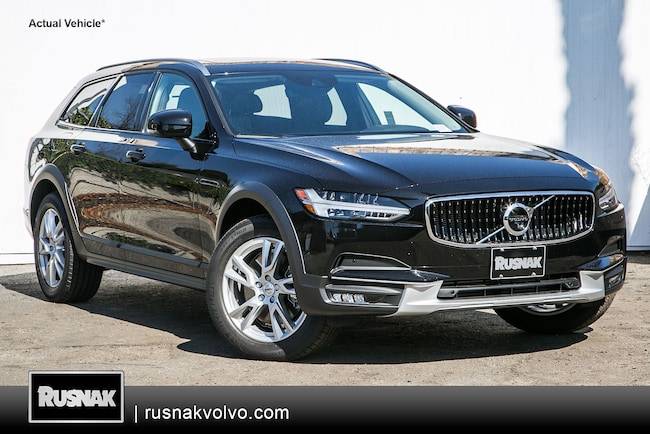 New 2018 Volvo V90 Cross Country T5 AWD Wagon Los Angeles