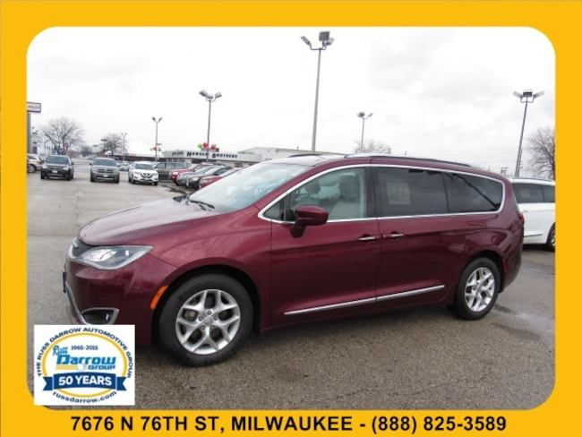 Used 2017 Chrysler Pacifica Touring-L Plus Van For Sale in Milwaukee, WI