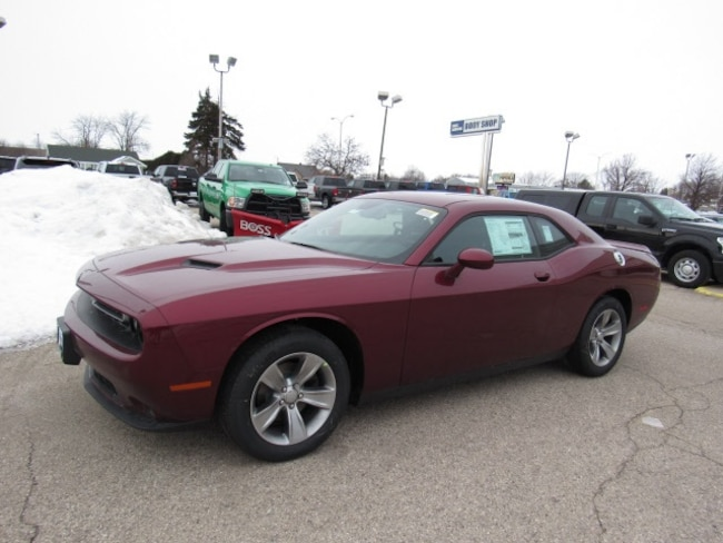 2019 Dodge Challenger SXT Coupe For Sale in Milwaukee, WI