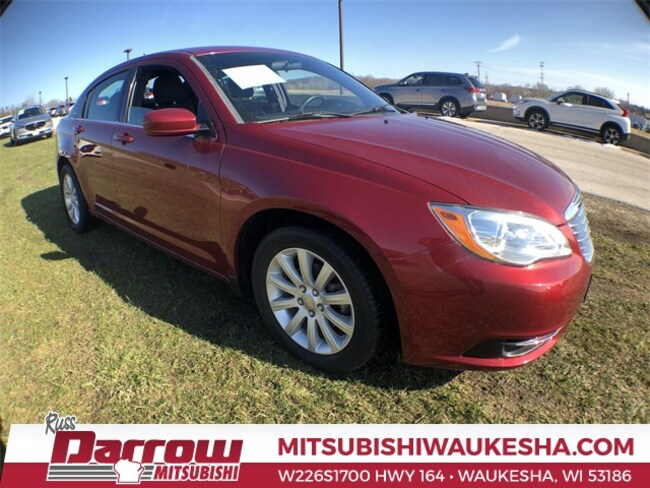 Used 2014 Chrysler 200 Touring Sedan For Sale in Milwaukee, WI
