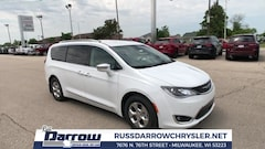 2018 Chrysler Pacifica Hybrid LIMITED Passenger Van For Sale in West Bend, WI