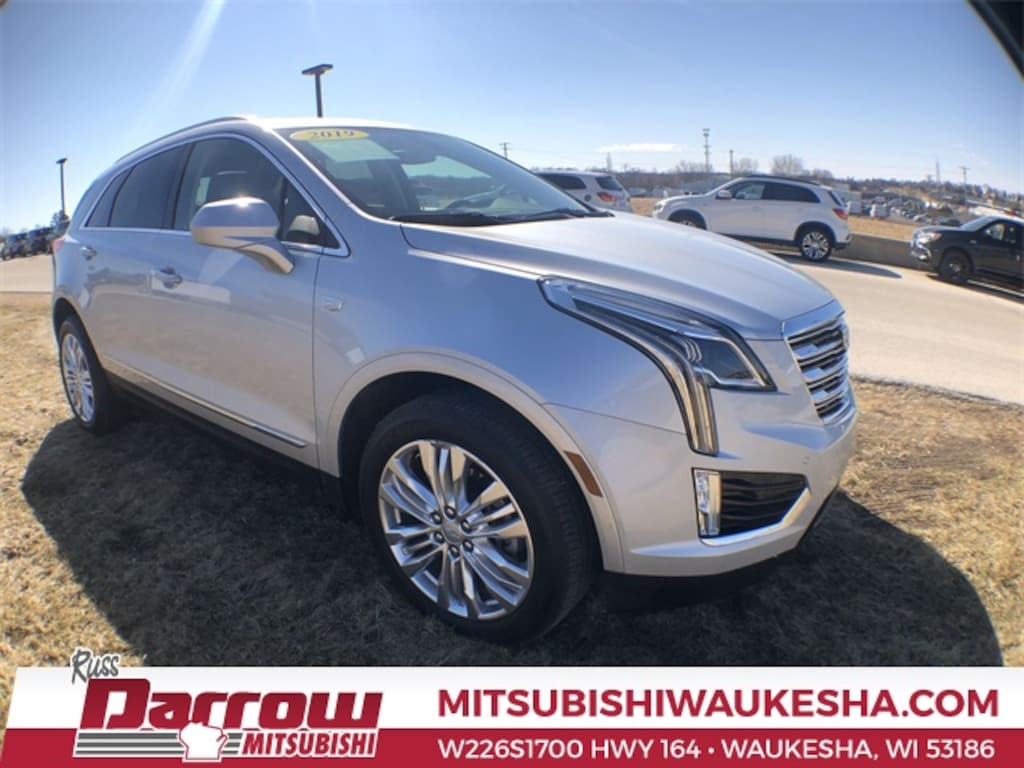 Used 2019 cadillac xt5 premium luxury for sale in milwaukee wi