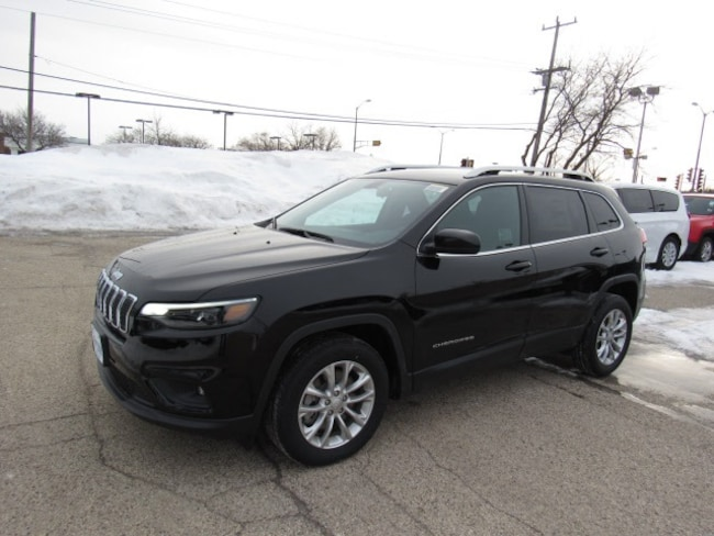 2019 Jeep Cherokee LATITUDE FWD Sport Utility For Sale in Milwaukee, WI