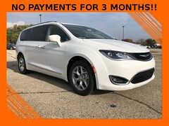 2019 Chrysler Pacifica TOURING L PLUS Passenger Van For Sale in West Bend, WI
