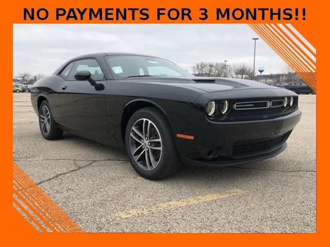 2019 Dodge Challenger SXT AWD Coupe For Sale in Madison, WI
