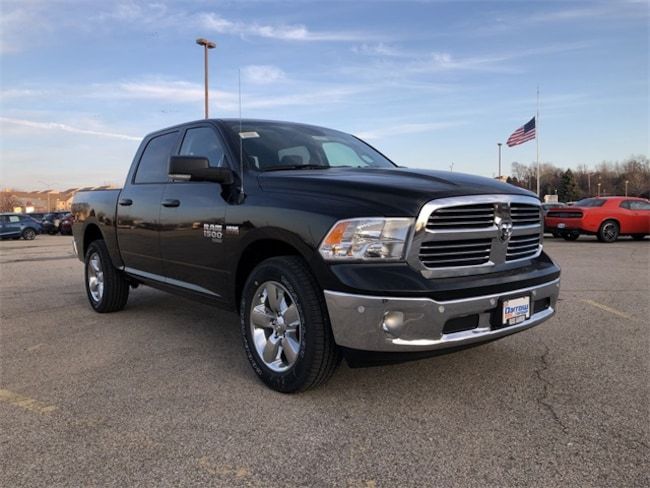 2019 Ram 1500 CLASSIC BIG HORN CREW CAB 4X4 5'7 BOX Crew Cab For Sale in Madison, WI