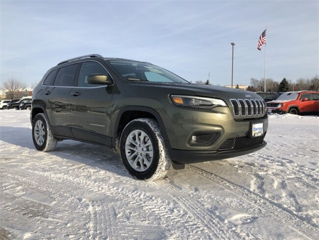 2019 Jeep Cherokee LATITUDE 4X4 Sport Utility For Sale in Madison, WI