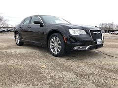 2019 Chrysler 300 TOURING L AWD Sedan For Sale in Madison, WI