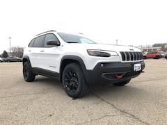 2019 Jeep Cherokee TRAILHAWK ELITE 4X4 Sport Utility Madison, WI