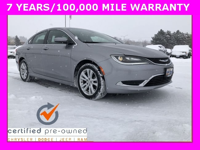 Used 2016 Chrysler 200 Limited Sedan For Sale in Milwaukee, WI
