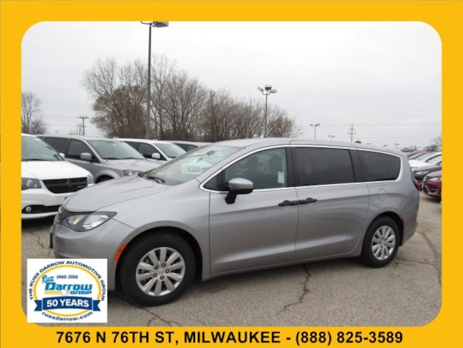 2018 Chrysler Pacifica L Passenger Van For Sale in Madison, WI
