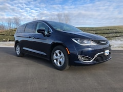 2018 Chrysler Pacifica Hybrid TOURING PLUS Passenger Van For Sale in Madison, WI