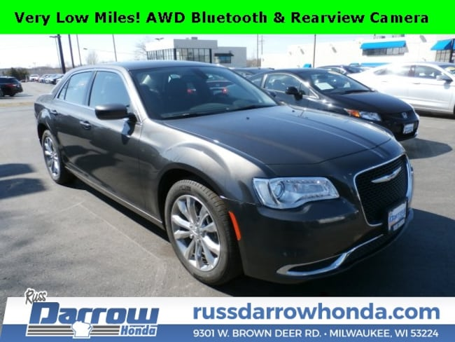 2018 Chrysler 300 Touring Sedan For Sale in West Bend, WI